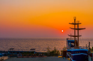 小琉球美食 - 海盜王餐廳 x 南海義大利麵佐琉球夕陽